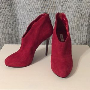 Guess Carlice Booties
